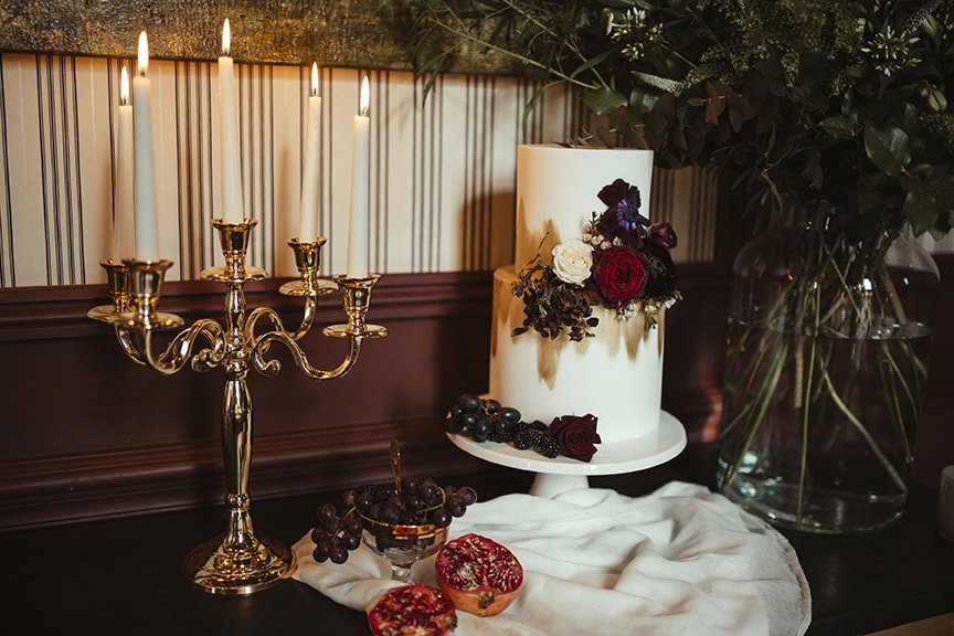 Sumptuous Wedding Cake | Wedding Inspiration | Flamboyant Invites