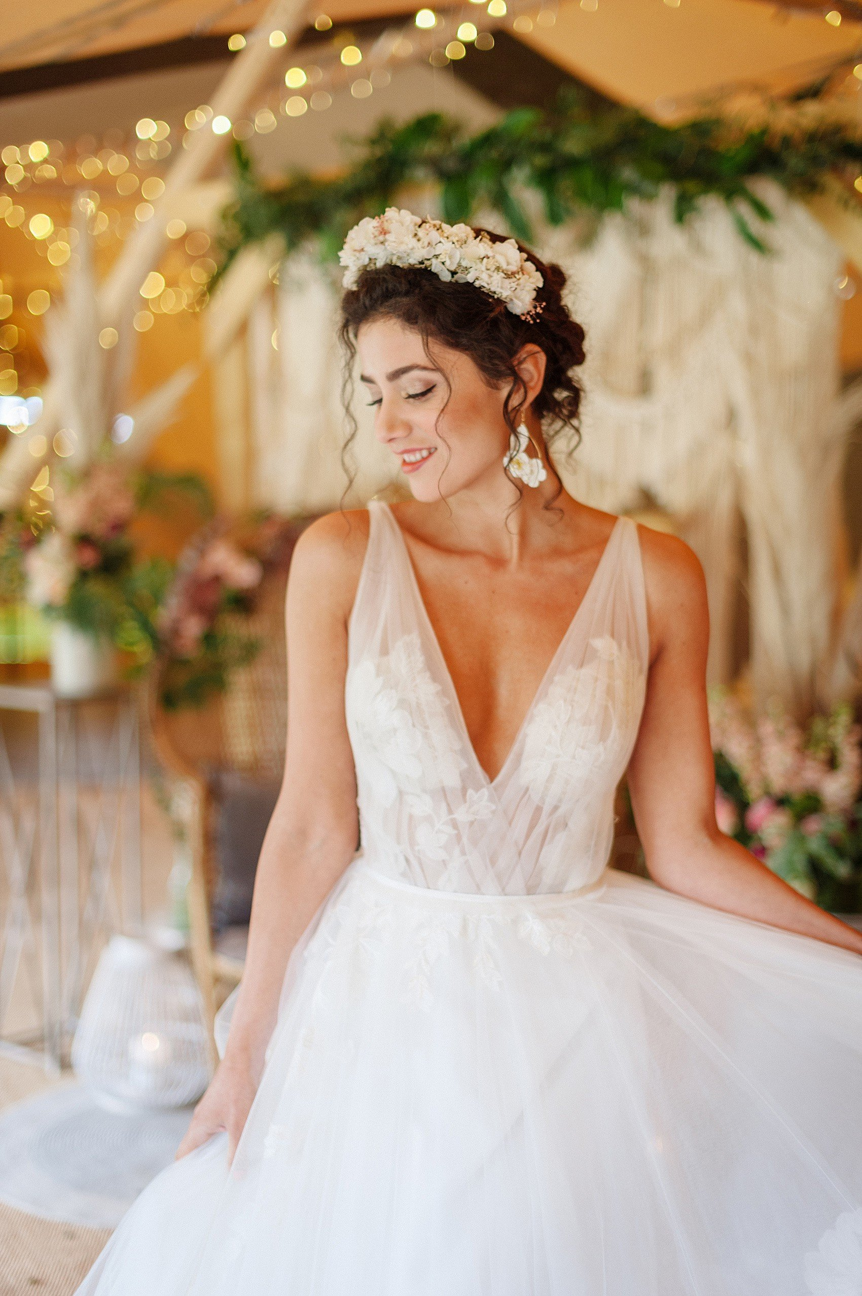 Boho Bride Wedding Inspiration | Flamboyant Invites