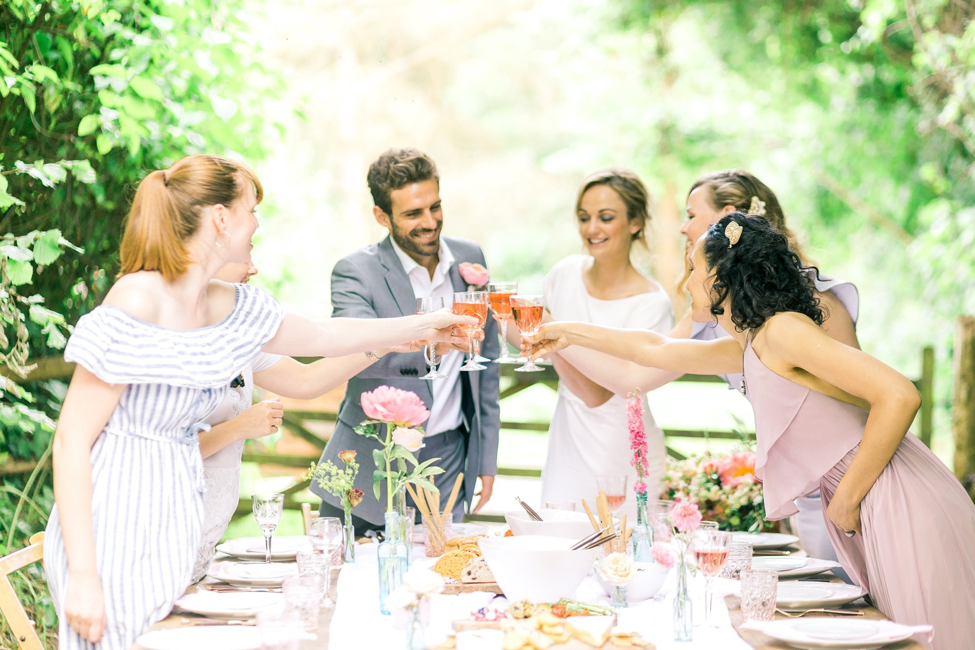 Summer Alfresco Dining Inspiration   Flamboyant Invites