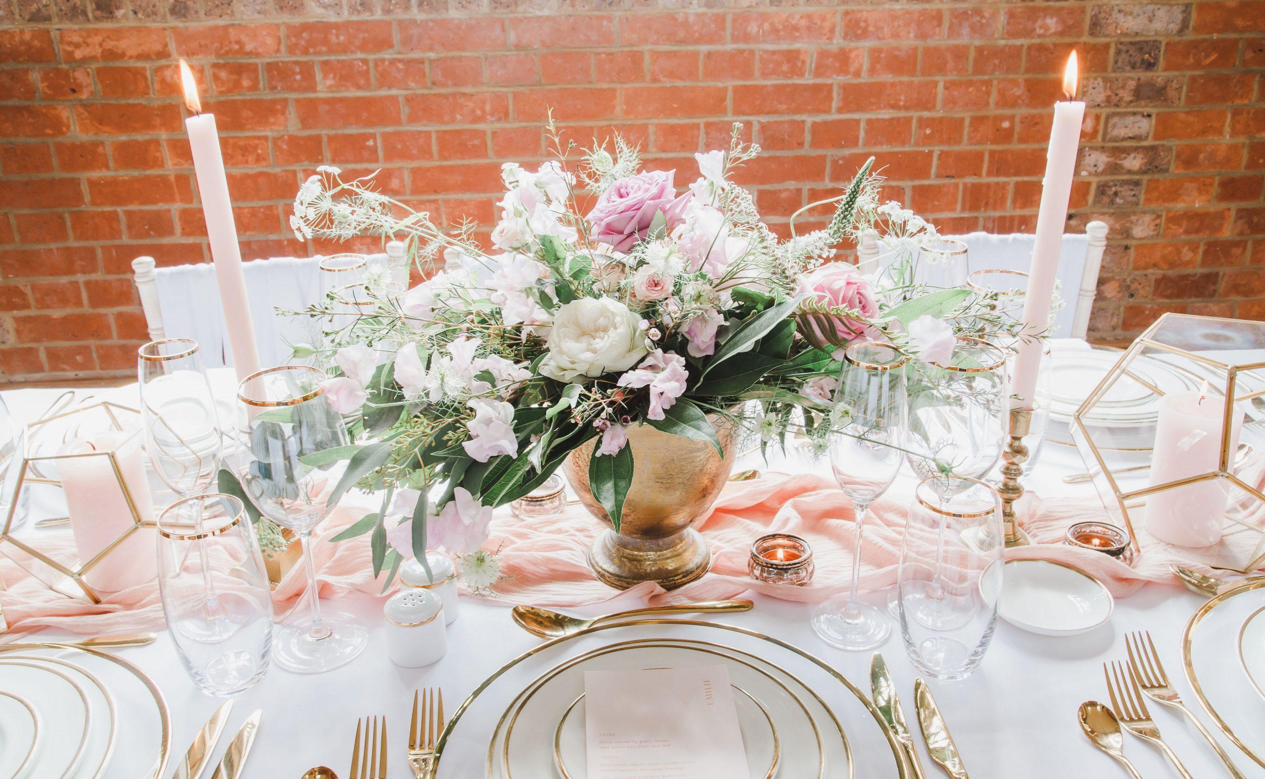 Blush and Gold Table Decor Ideas | Flamboyant Invites