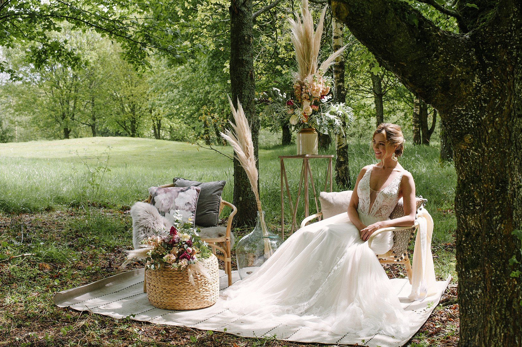Modern Boho Wedding Pampas Grass Ideas | Flamboyant Invites