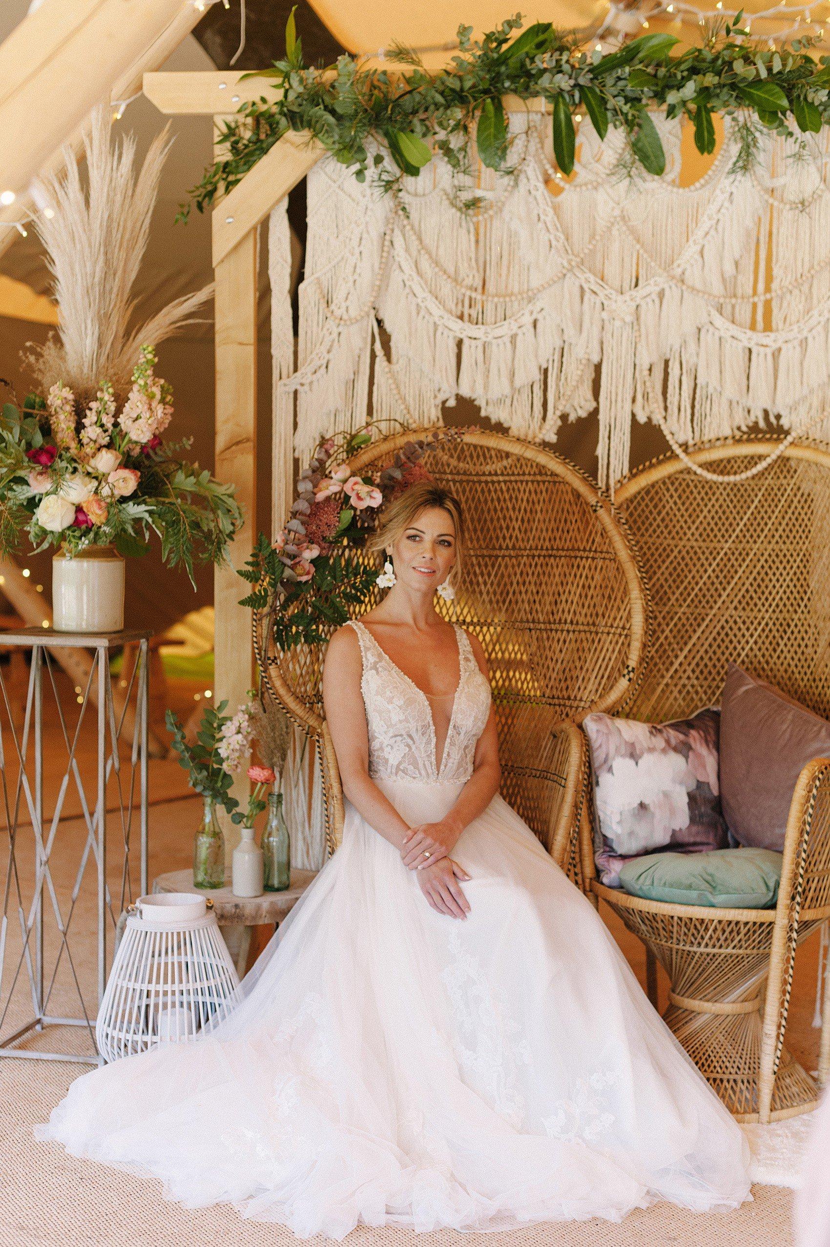 Pampas Grass Wedding Decor Ideas | Flamboyant Invites